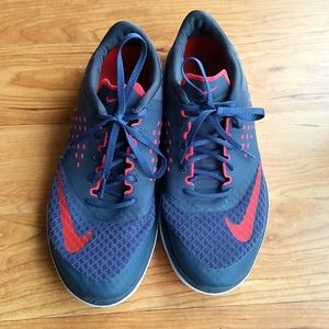 Nike sniakers shoes gray and orange